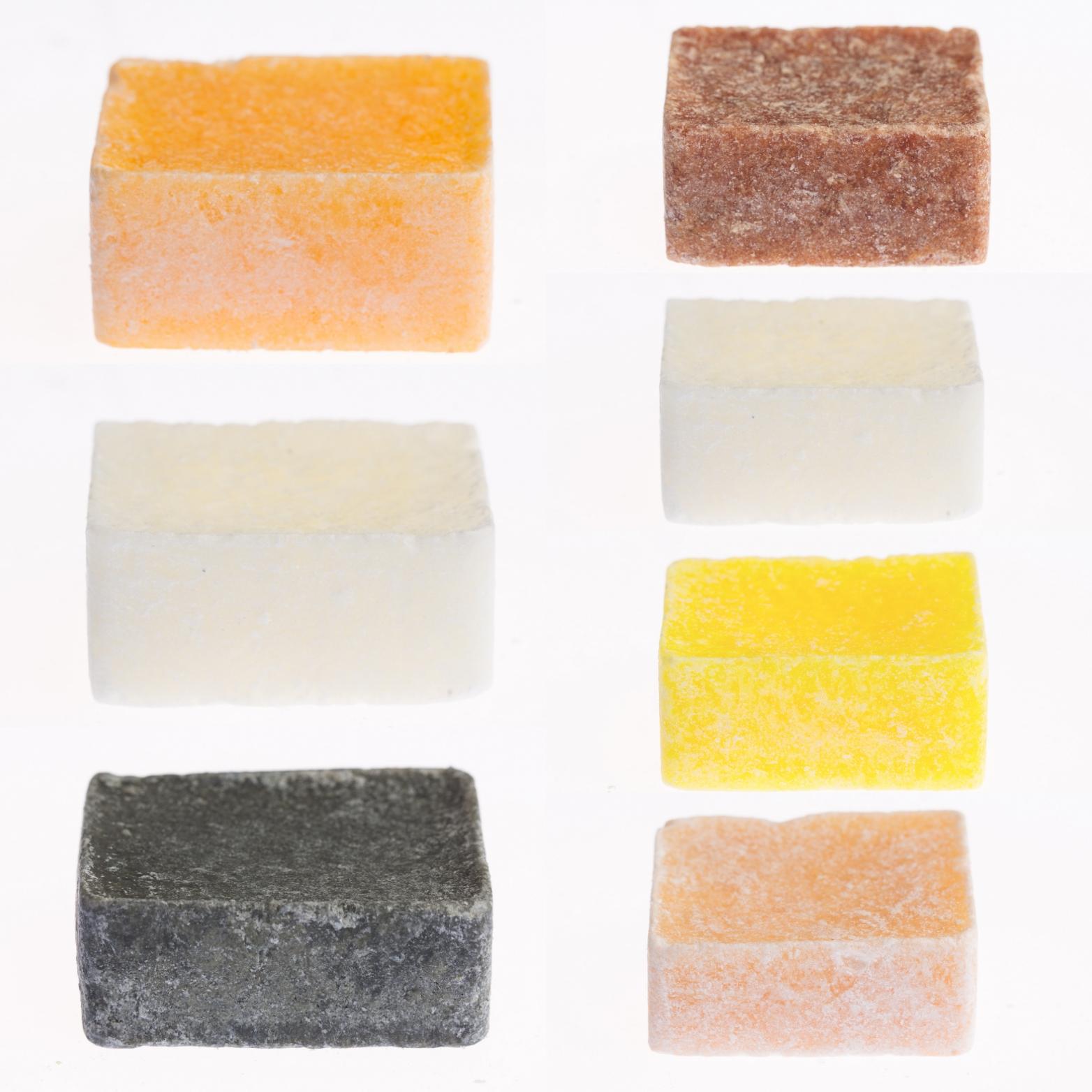 7 verschillende amberblokjes
